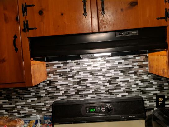 peel and stick tiles kitchen backsplash