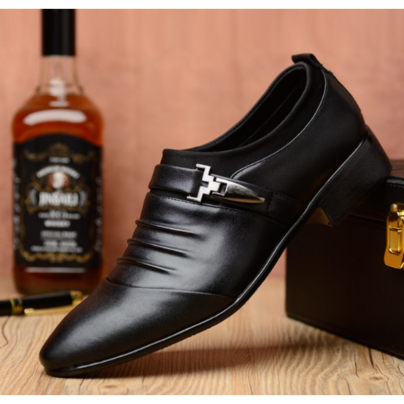 Men Fashion British Style Leather Shoes Comfortable Flats Shoes Pointed Toe Business Wedding Formal Dress Shoes