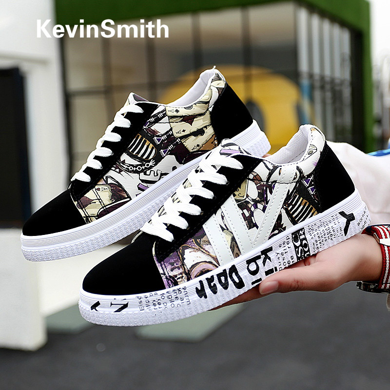 Graffiti Casual Men Shoes Autumn New Vulcanized Shoes Casual Canvas Sports Shoes Printing Flats Couple Shoes Tennis Masculino