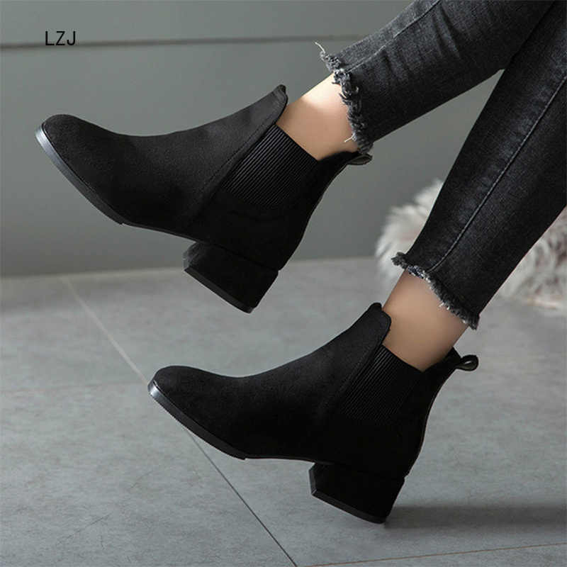 Otoño zapatos mujer tobillo botas gamuza negro Chelsea botas Slip on señoras Casual zapatos de tacón grueso moda cómoda mujer 35 -41