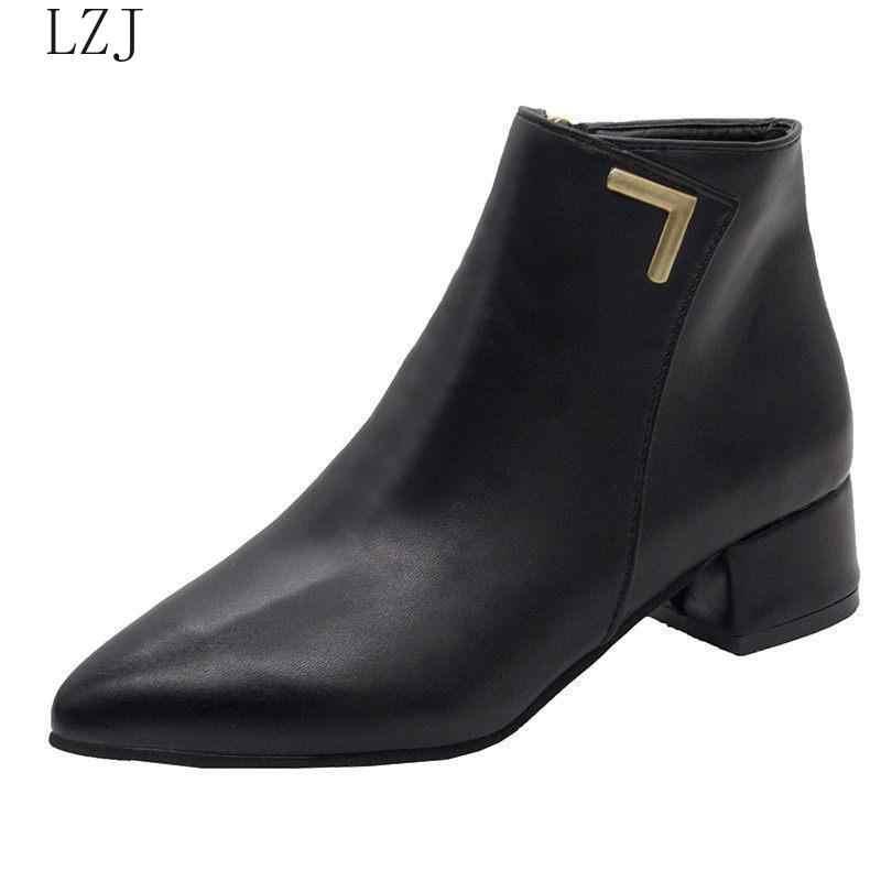 Mode Frauen Stiefel Casual Leder Niedrigen High Heels Frühjahr Schuhe Frau Spitz Gummi Stiefeletten Schwarz Rot Zapatos Mujer