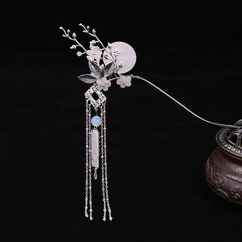ACRDDK Fairy Wedding Headdress Bridal Hair Sticks Floral Moon Pattern Hairpin Exquisite Vintage Long Tassels Hair Claw SL necklace