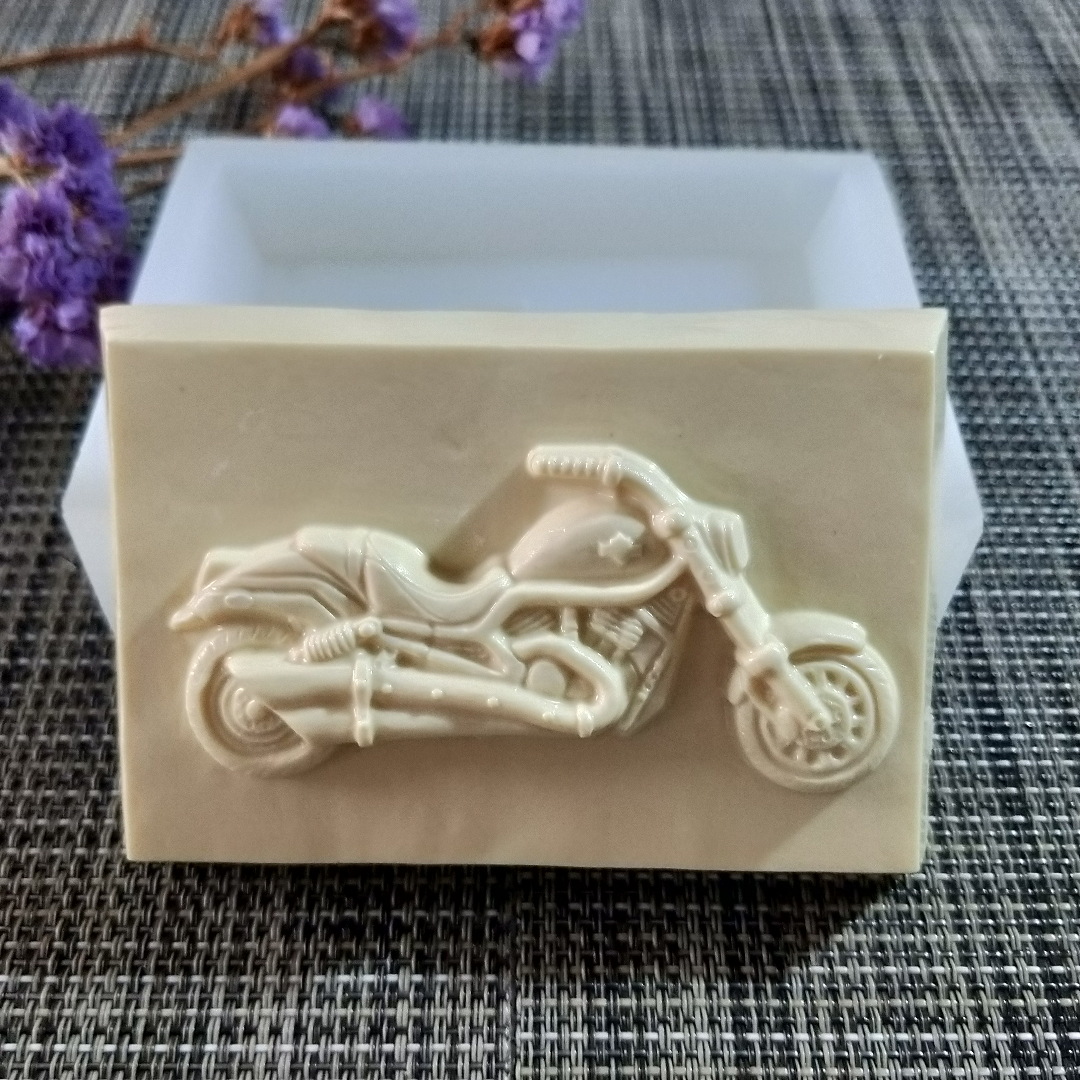 QT0159 PRZY motorcycle soap mould silicone mold handmade soap making molds candle silicone mold resin clay moulds