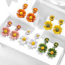 Sweet Colorful Small Daisy Flowers Earrings New Design Fashion Jewelry Female Shiny Simple Elegant Drop Earring For Women цена 2017