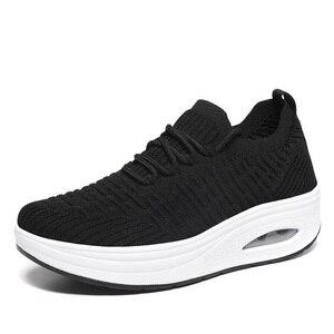 Image 2 - WDZKN baskets tendance maille dair compensé pour femmes, chaussures tendance à talon compensé, chaussettes tricotées, plateforme pour femmes, chaussures décontractées H668