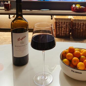 Wysokiej jakości towary wysokiej jakości 450-650Ml ręcznie czara kwadratowe popularne oswietlenie luksusowe lampka do wina rodzina wakacje degustacja puchar tanie i dobre opinie LISM SQUARE Ce ue Lfgb Szkło Kieliszek do wina Ekologiczne GJ20820 Wine Glass Goblet Tasting Cup Transparent Lead-Free Crystal Glass