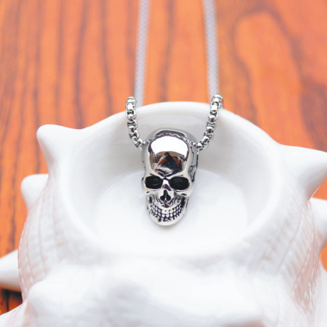 Skull Pendant Necklace 10