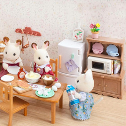 Sylvanian famílias conjunto de utensílios de mesa sylvanian famílias armário caso meninas jogar casa modelo brinquedo cozinha 5023