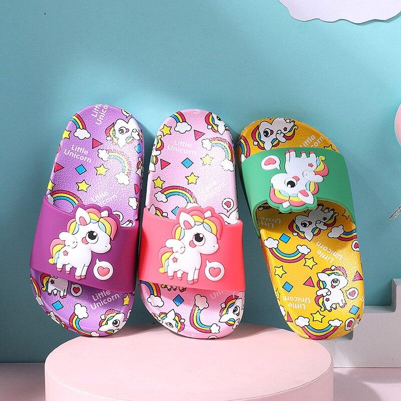 Jednorożec kapcie dziecięce nowe letnie Rainbow chłopcy dziewczęta kapcie pcv antypoślizgowe dziecięce buty na plażę dziecięce sandały podomki dziecięce klapki