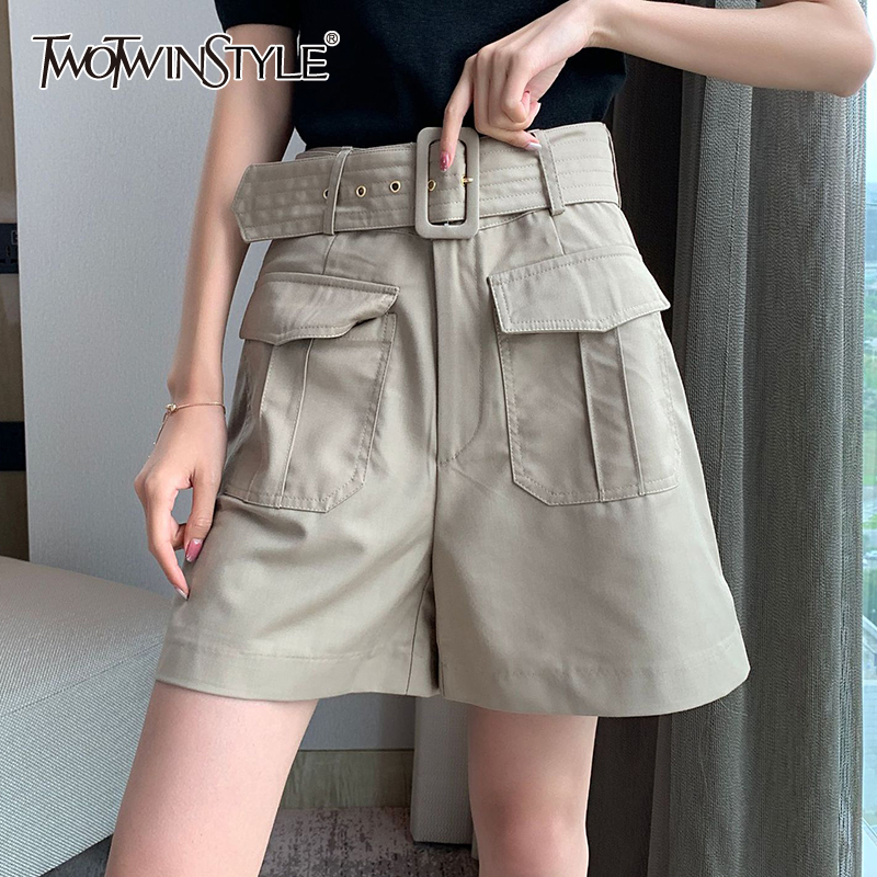 TWOTWINSTYLE Casual Loose Women Shorts High Wiast With Sahes Patchwork Pockets Short Pants For Female Clothing 2020 Spring Tide