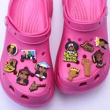 Rainha croc princesa sapatos acessórios phd coroa menino menina negra magia charme com blm eu não posso respiração sapatos encantos presente de natal