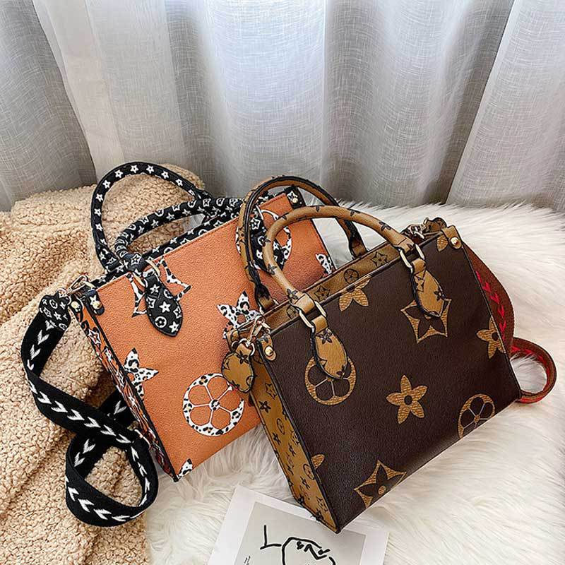 Online Celebrity 2019 Winter New Style Fashion Europe And America Printed Versitile Fashion INS Women's Bag Hand Crossbody Bag