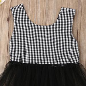 Image 4 - 2020 ins Baby Girls Princess Black Color Bow Plaid Clothes Set Top And PP Pants Wholesale