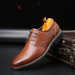 Merkmak 2019 Sapatas de Vestido do Negócio dos homens da Marca Festa de Casamento Retro Homens De Couro casual shoes Black Brown Bico fino Oxford sapatos
