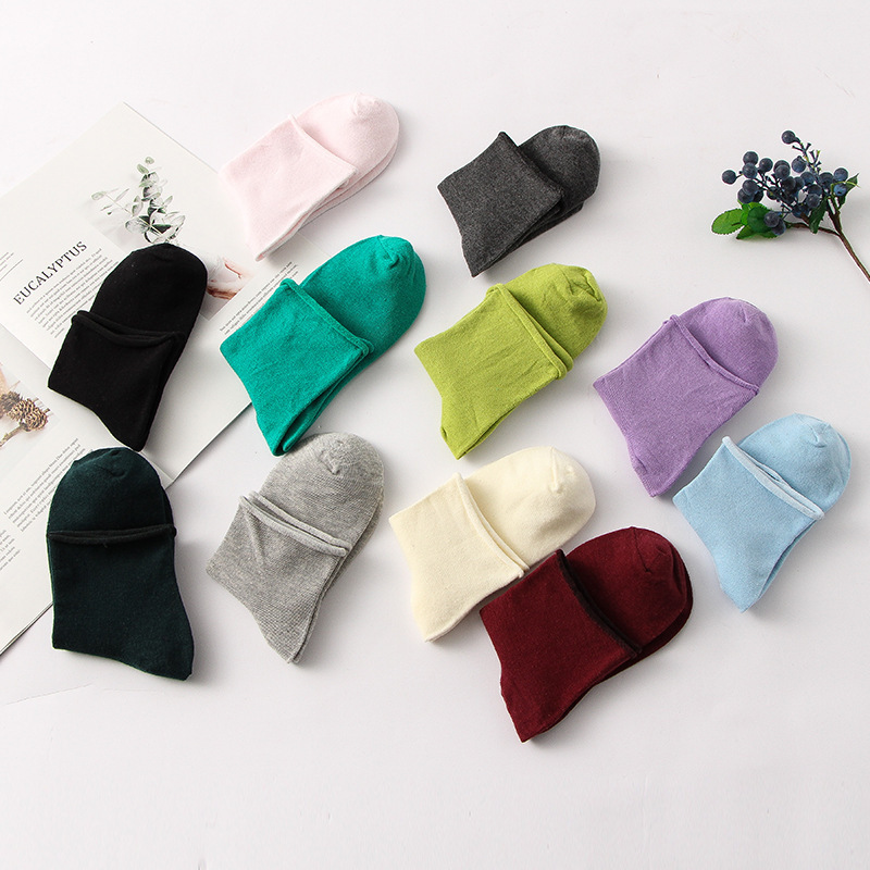 Women's Thin Solid Color Socks Cotton Casual Stretch Socks Red