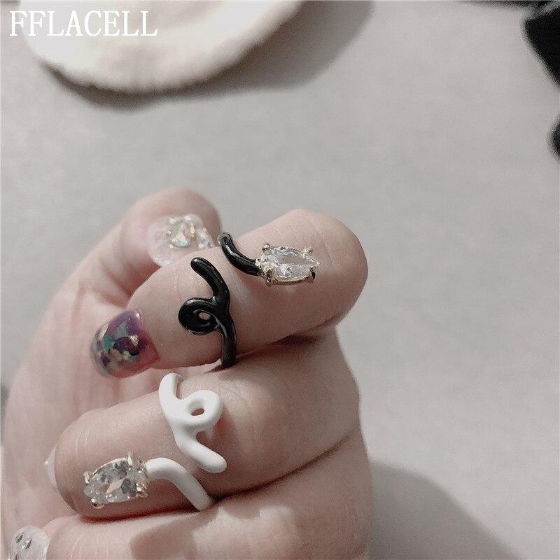 FFLACELL Новые панк готический дизайн черная белая змея Стразы открытые геометрические регулируемые металлические кольца для женщин ювелирные изделия для вечерние подарки|Кольца|   | АлиЭкспресс