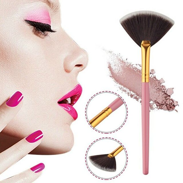 2019 Professional Cosmetic Tools Accessories Fan Shape Makeup Brush Highlighter Face Powder Brush For Face Make Up Maquiagem