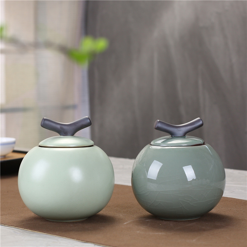 Grey/white funeral urn new style sells well for human cremation pet ashes Ceramic souvenir animal urn coffin sealed storage tank