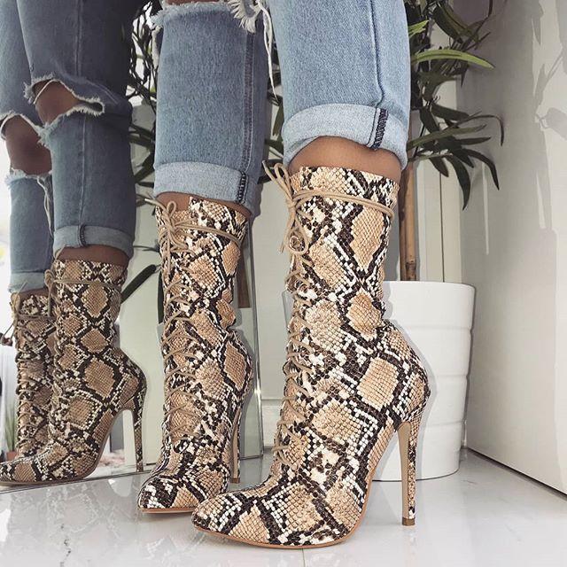 Donne Lace-Up Stivali di Serpente Stampa Stivaletti Alti talloni di Modo Delle Signore punta a punta scarpe Sexy di Nuovo Chelsea Stivali hjm7