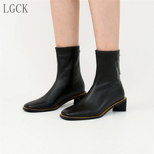 цена на Plus Size 34-43 Genuine Leather Women Shoes Fashion Ankle Boots Square Toe Motorcycle Boot Mujer Vintage Comfortable High Heels