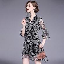 Yg marca feminina 2021 verão nova impressão irregular chiffon com decote em v trompete manga vestido elegante