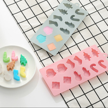 1PC  Silicone cake mold 12 even Christmas snowman socks tree silicone chocolate ice DIY stand Y19