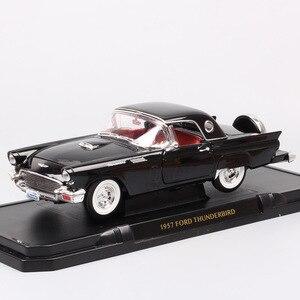 Image 1 - 1/18 yol imza büyük ölçekli 1957 FORD THUNDERBIRD vintage Diecasts ve araçlar T kuş modeli oyuncak thumbnails için erkek hediye