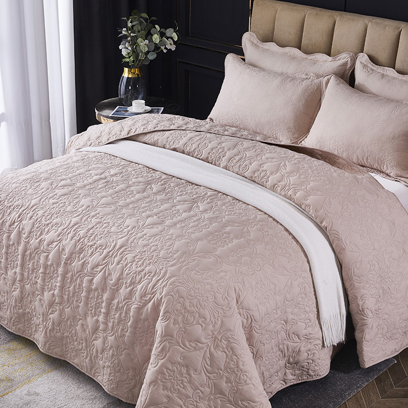 New Style Solid Color 3D Printing Cotton Polyester Bedspreads Quilted Bed Covers Horse Bedspread Pillowcase For Bed Custom size/