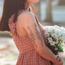 Tattoo sticker cute flower band New Waterproof Temporary lovely plant element Body Art Hand Foot for Girl Women Men kid(China)