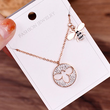 honey titanium steel necklaces women 18 k rose gold collar bone chain hollow out the bees pendant jewelry wholesale