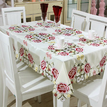 Modern Polyester Fiber Floral Tablecloth Proud Rose Printed Home Decoration Table Cover Waterproof Oilproof Cloth Tapete