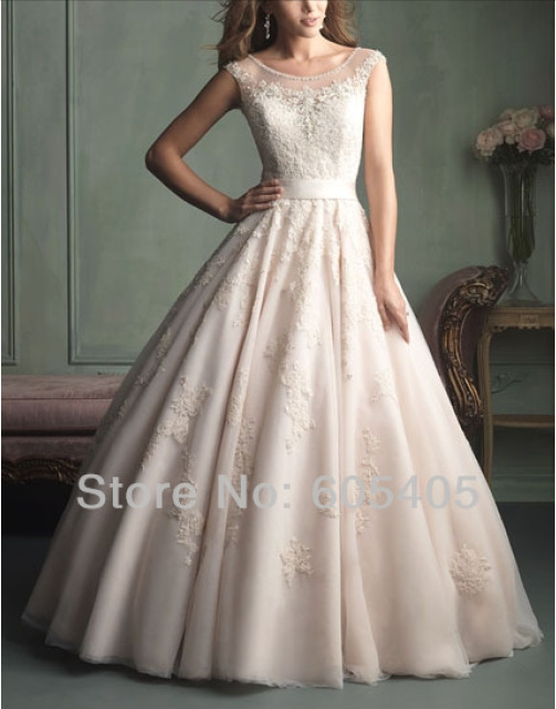2018 New Fashion Vestido De Noiva Cap Sleeves Button Brides Lace Appliques Ball Gown Bridal Gown Mother Of The Bride Dresses