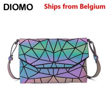 [Ships from Belgium] DIOMO Geometric Ladies Messenger Bag Crossbody Bags for Women Luminous Reflective Small Envelope Bag