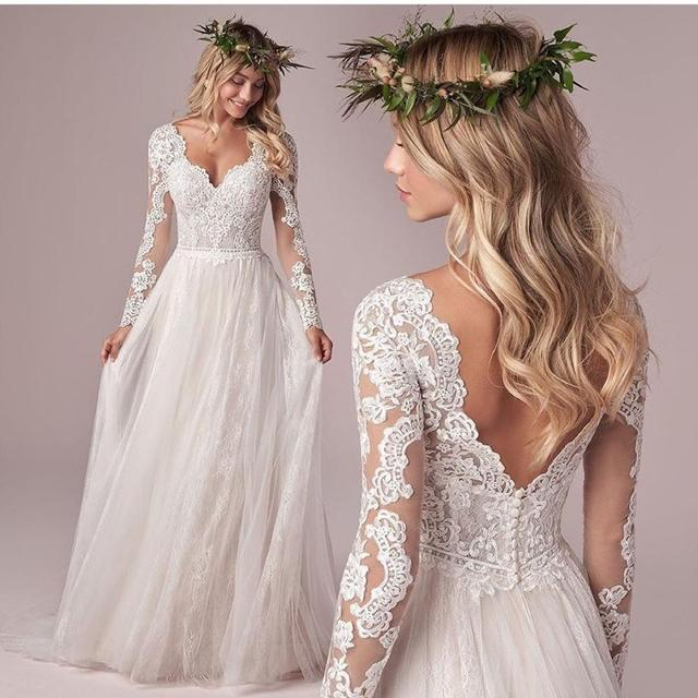 Long Sleeve Wedding Dress With Corset Low Back Floor length Lace Appliques Bridal Gowns White Tulle Organza Graceful V-Neck 1