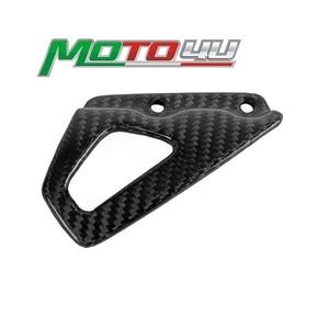 100% Carbon Fiber New Front Heel Guard Foot Peg Mount Plate Motorcycle For BMW R NINE T R NineT R9T 2014 2015 2016 2017 2018