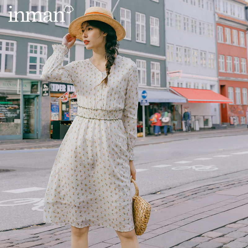 INMAN 2020 Spring New Arrival Literary V-line Collar Elasticized Waist and Cuff Long Sleeve A-line Dress