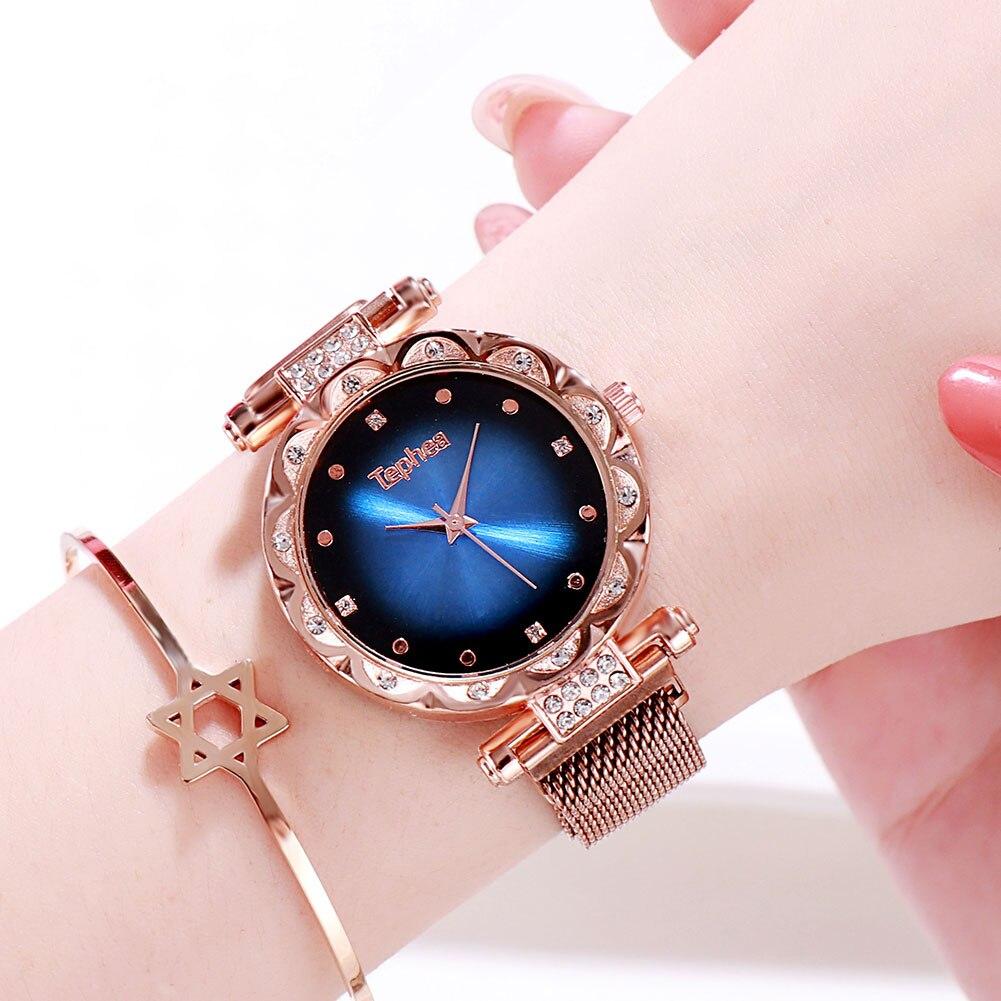 Luxury Women Magnetic Buckle Watch Rhinestone Ladies Stainless Steel Quartz Watches Fashion Crystal Ladies Gift Clock 2019