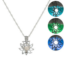 2019 New Silver Chain Glow in the Dark Plant Necklace Hollow Sunflower Shape Luminous Pendant Necklace Women Classic Jewelry silver link luminous stone pendant necklace long chain moon pendant glow in dark hollow women necklace pendants jewelry