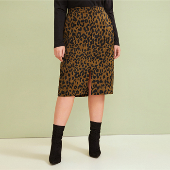 Plus Size Leopard Print Split Front Casual Pencil Skirt