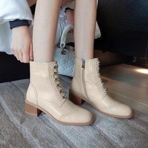 Image 4 - FEDONAS kadınlar klasik kare ayak yarım çizmeler kış sıcak hakiki deri Brogue çizmeler parti rahat ayakkabılar kadın yeni yüksek topuklu