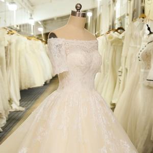 Image 5 - SL 6 Charming Short Sleeve Wedding Gowns Tulle Lace Appliques Vintage Boho Boat Neck Wedding Dress bridal gown suknie slubne
