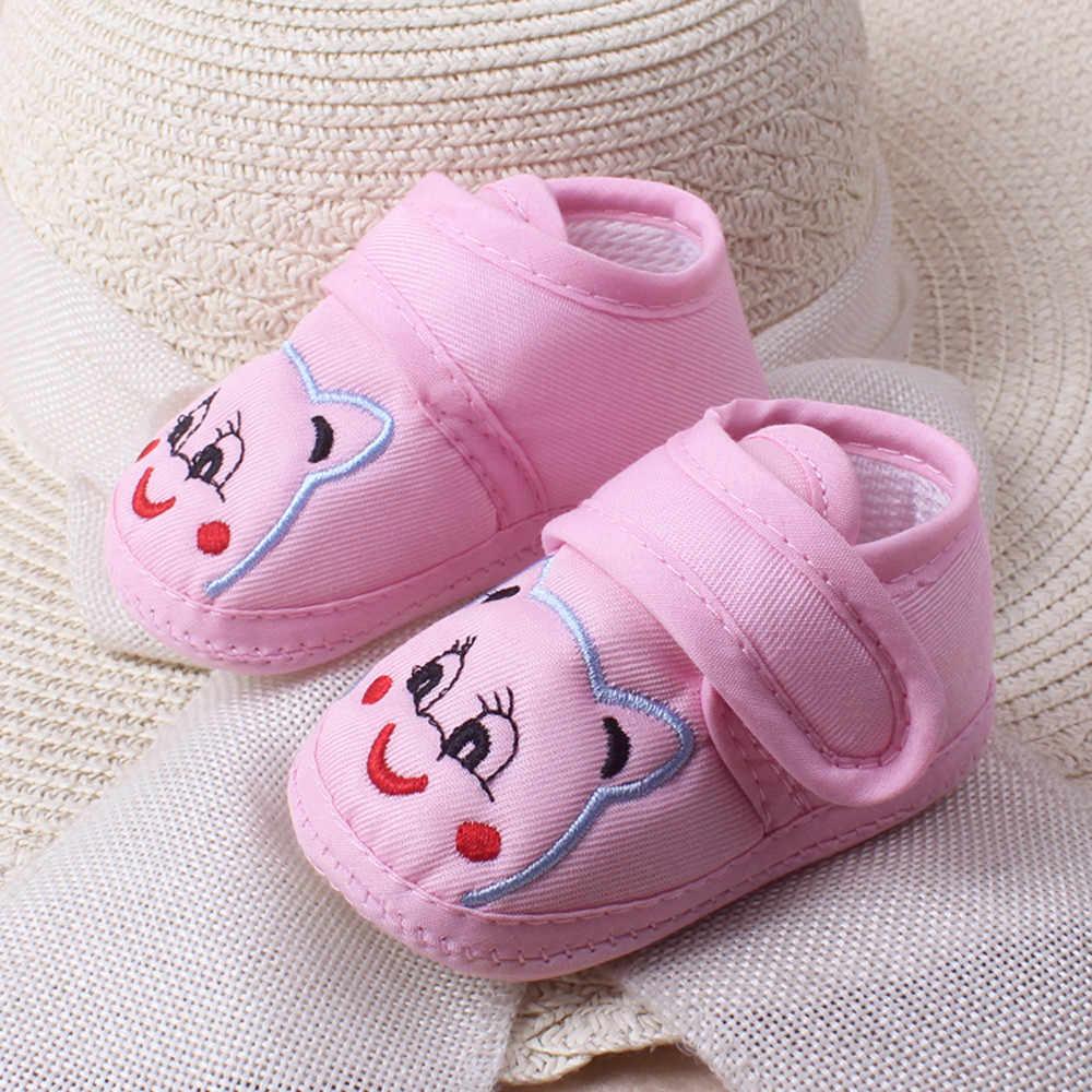 Botines de bebé de dibujos animados, zapatos antideslizantes para bebé, zapatos para recién nacidos los caminantes