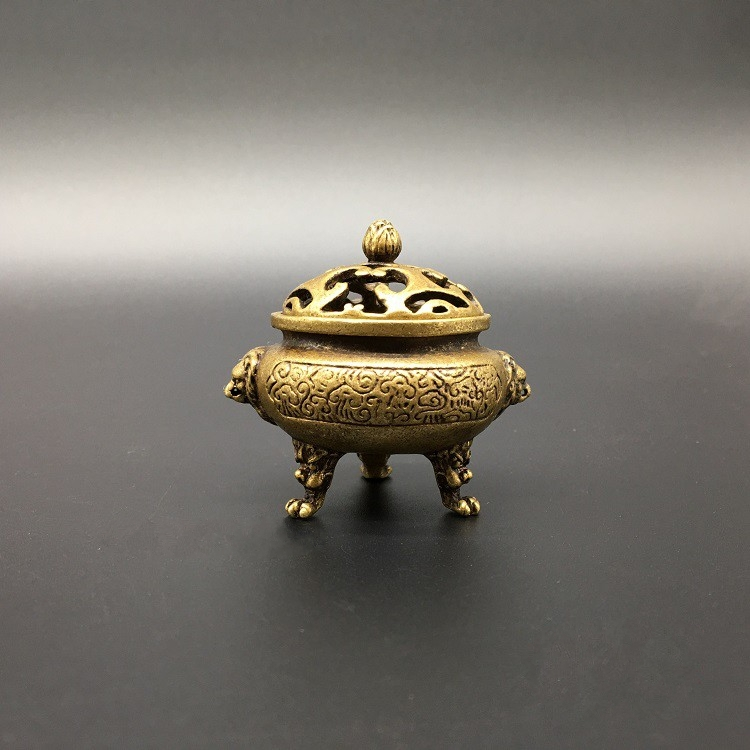Chinese brass Copper Carved Dragon Head Exquisite Small Incense Burners.