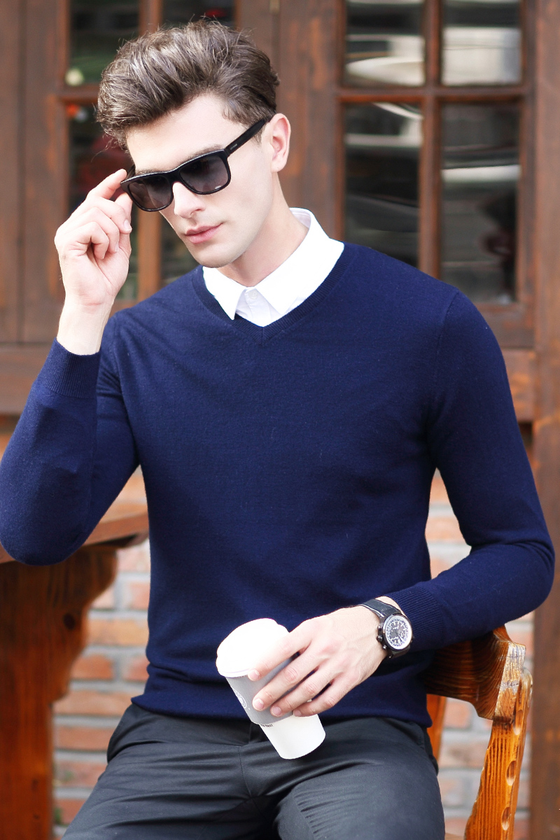 2019 New Fashion Wool Sweater Men Long Sleeve Pullovers Outwear Man V-Neck Sweaters Tops  Solid Fit Knitting Clothing Casual