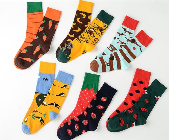 Unisex Left Right Different Pattern Marvel Street Wear Men Socks Harajuku Red Wine Dog Badminton Crocodile Painting Women Socks