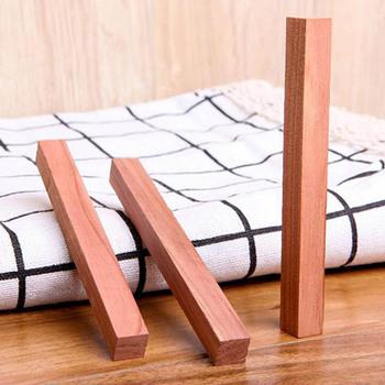 5 korzeni zestaw dezodorant pleśni pasek z drewna cedrowego dezodorant pleśni nietoksyczny szafa ubrania środek odstraszający owady artykuły gospodarstwa domowego tanie i dobre opinie