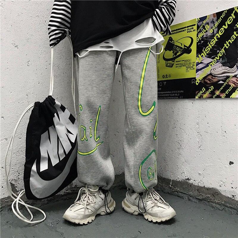 Focal20 Streetwear Graffiti Letter Print Fleece Women Jogger Pants Loose Elastic Waist Female Trousers Warm Winter Lady Bottoms 1