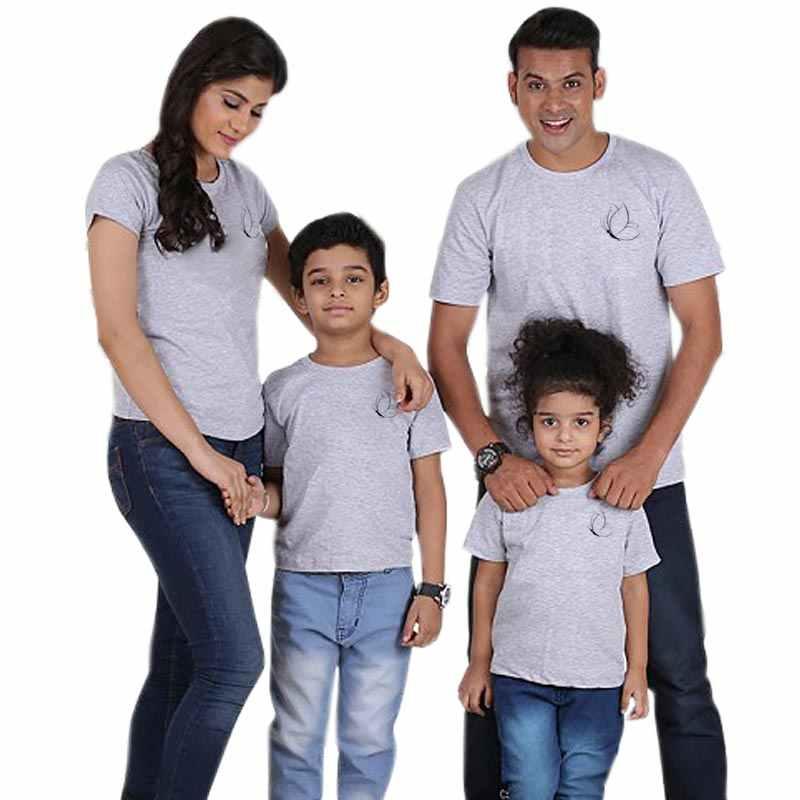 2020 topos família olhar mãe filha pai filho correspondência tshirt moda roupas de família pai mãe e bebê casual t camisa roupas