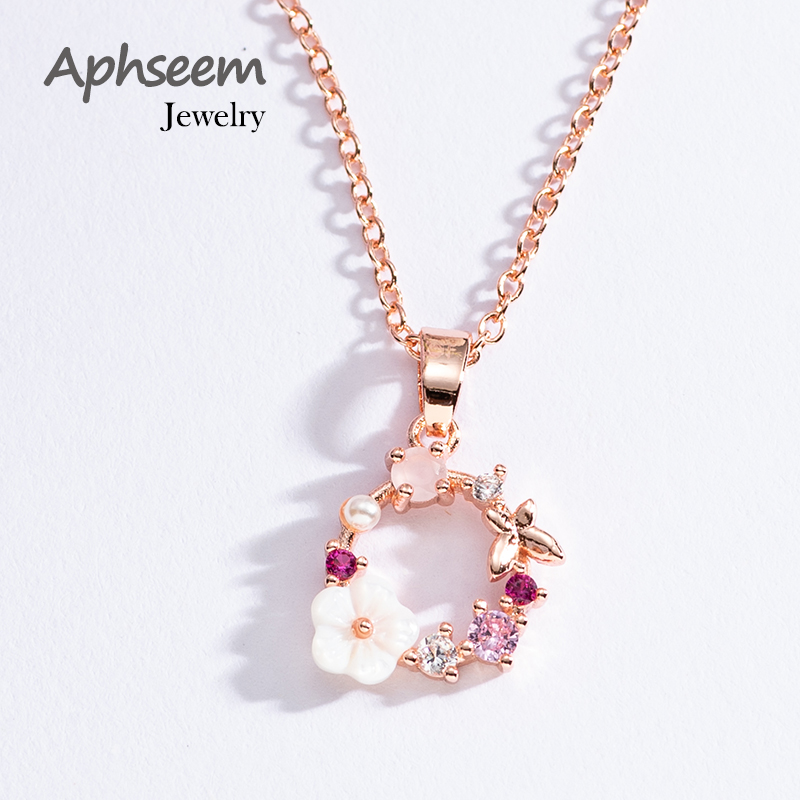 Fashion Creative Butterfly Flowers Necklace Zircon Crystal Pearl Shell Garland Pendant Necklace for Women Jewelry Accessories
