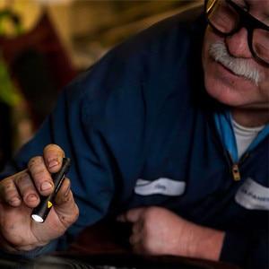 Image 5 - 1 نموذج مصباح يدوي صغير مصباح يدوي ليد للتكبير ليلة المشي الإضاءة صيانة السيارات العمل الشعلة